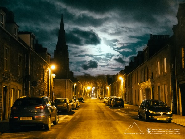 085/365 - Dempster Street in the moonlight. Normally hate the colour of street lighting. This is a first where I've not gone for black & white.