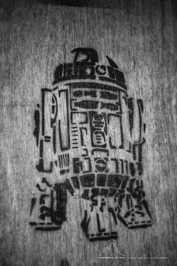 R2-D2 Graffiti