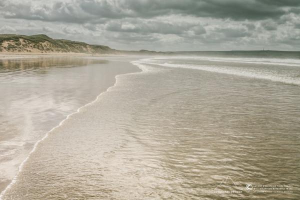 Wet feet @ Dunnet Beach