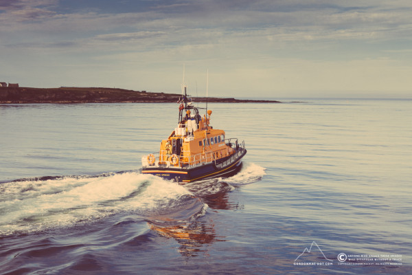 189/365 - Wick Lifeboat Roy Barker II heading out into the bay