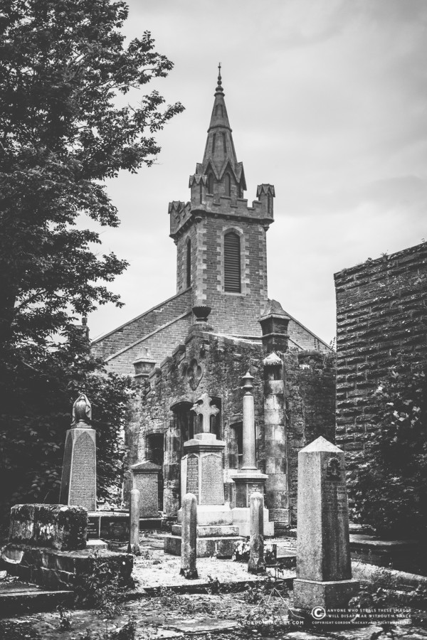 204/365 - Old Parish Church Cemetery